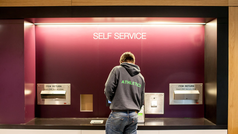 Student at a self-service machine