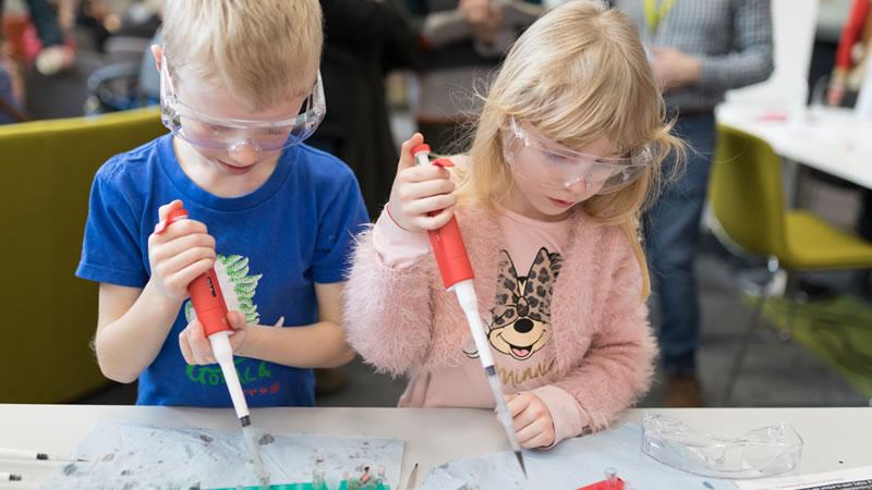 Children at Science Bazaar