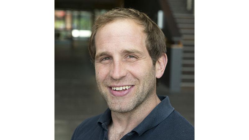 Dr Johnny Collett