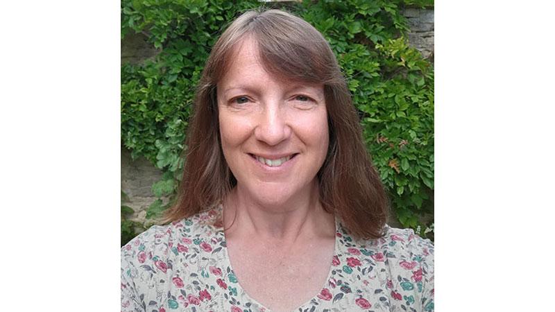 Dr Claire Lee