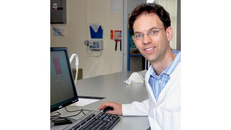 Dr David Meredith