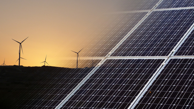 mart Local Energy Systems (SLES): wind turbine and solar panels